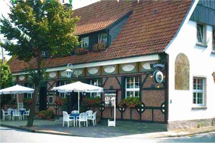 Lindenhof Restaurant Frontansicht Straße