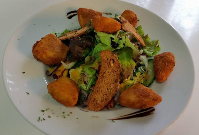 Lindenhof Restaurant Gericht Salat
